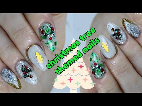 EASY CHRISTMAS TREE NAIL ART TUTORIAL