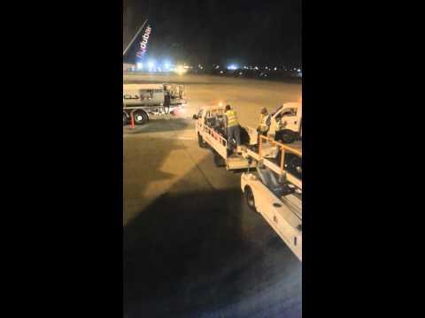 qatar airways and luggage handling القطرية والتعامع مع الامتعة