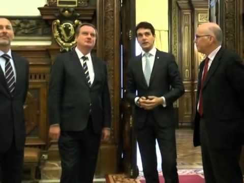 Estoniako enbaxadoreari harrera, Foru Jauregian / Recepción al embajador de Estonia