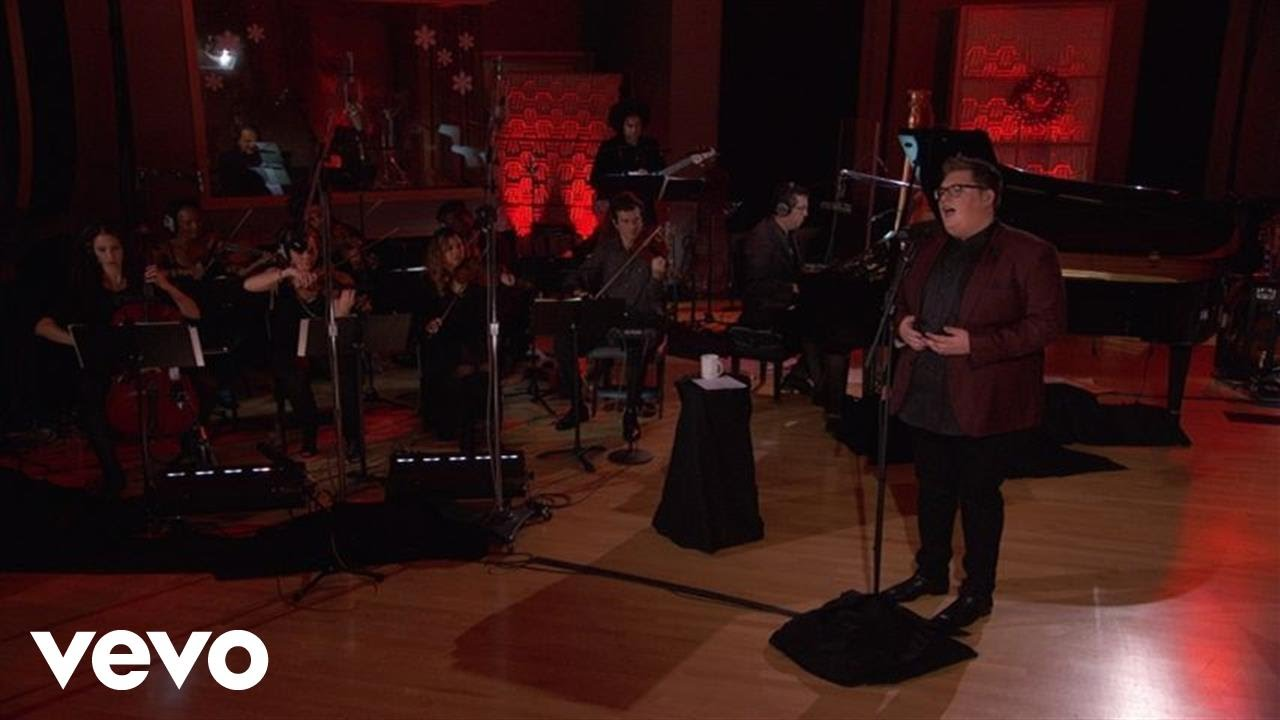 Jordan Smith - Ave Maria (\'Tis The Season Live) - YouTube