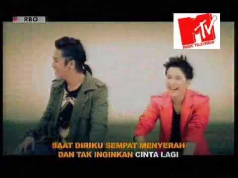 Smash-Pahat Hati MTV