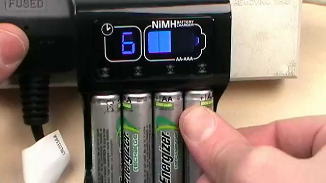 energizer intelligent aa aaa chp41 recharge accu battery charger review youtube. Black Bedroom Furniture Sets. Home Design Ideas