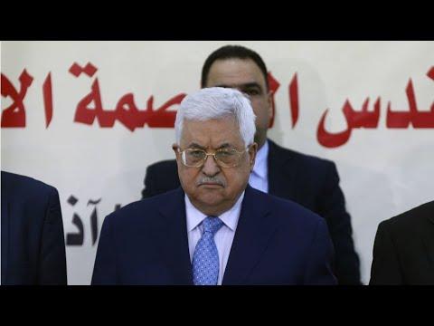 """Le président palestinien Mahmoud Abbas traite l'ambassadeur américain en Israël de """"fils de chien"""""""