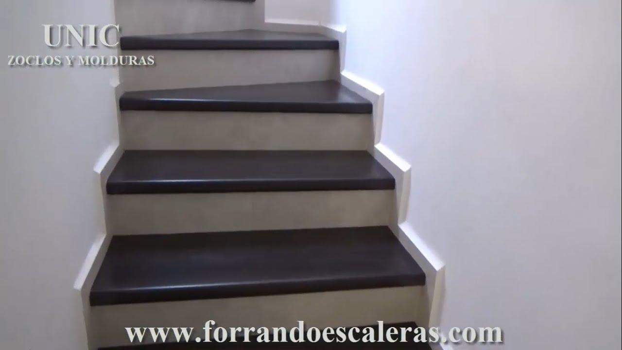 Instalacion de huellas de encino color chocolate en - Escaleras de cemento para interiores ...