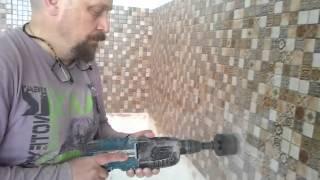 Вырезаем отверстия в плитке на кухне под розетки коронкой(, 2016-01-04T18:20:01.000Z)