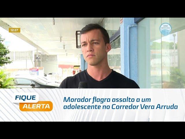Morador flagra assalto a um adolescente no Corredor Vera Arruda no bairro da Jatiúca