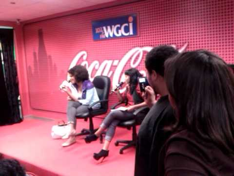Marsha Ambrosius Perfoming In The Coca Cola Lounge