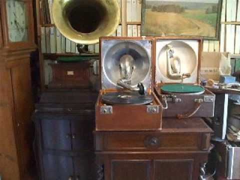 "Demonstrating a 1914 ""TrenchType"" Decca Gramophone playing  Jack Judge  Tipperary"