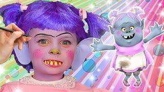Bridget Face Paint | WigglePop