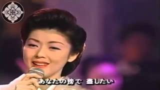 むらさき雨情 (Murasaki ujō) Ayako Fuji, beautiful for ever. Enka.