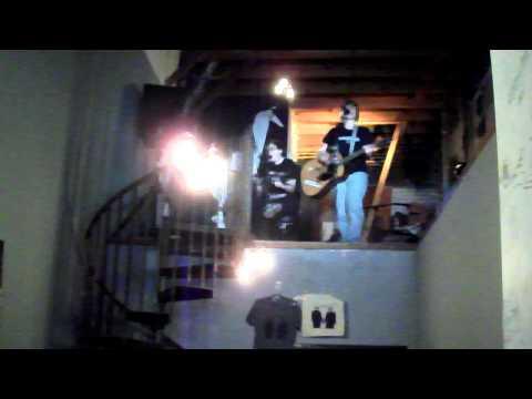 """Kaia Wilson + Jenny Hoyston - """"Dogs/Trucks"""" (live)"""