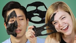 People Extract Blackheads With Charcoal Masks