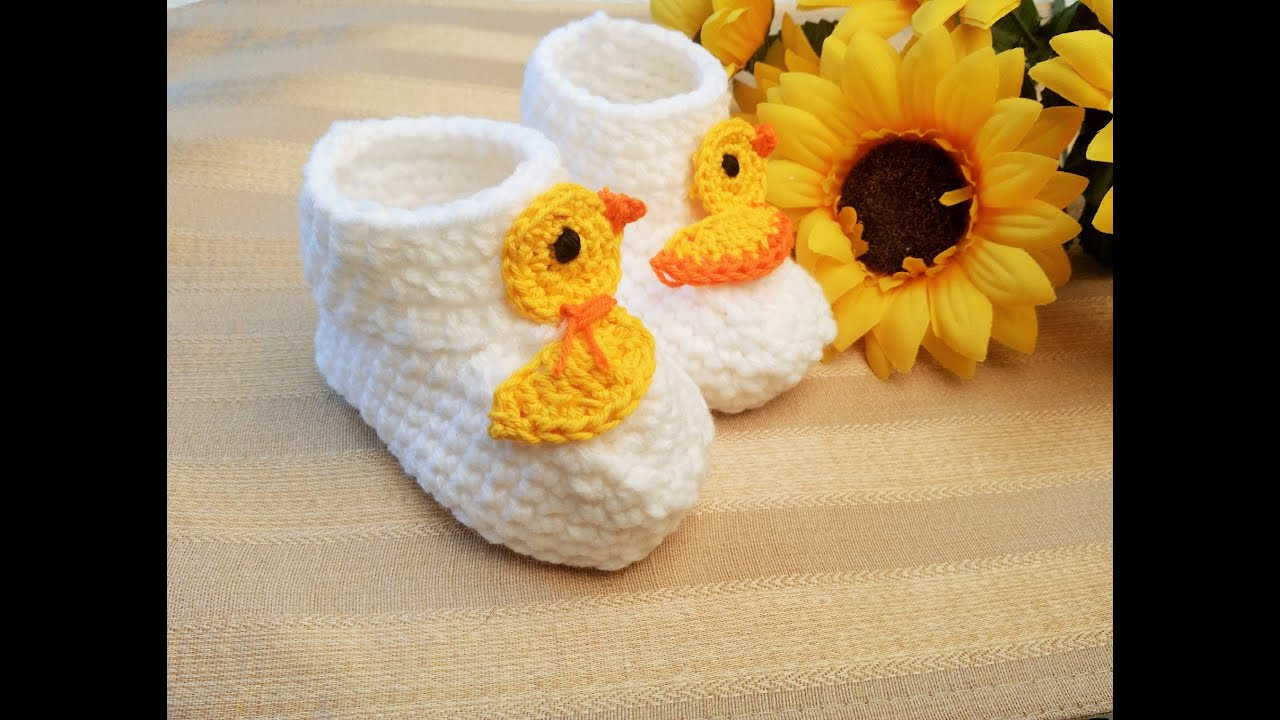 Puppy Dog Baby Hat Crochet Pattern : Crochet Glamas Rubber Ducky Baby Booties - YouTube