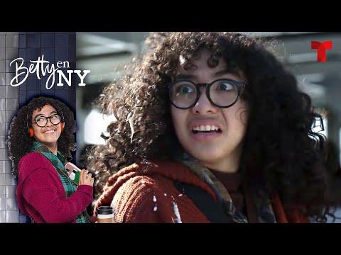 Betty en NY | Capítulo 01 | Telemundo Novelas