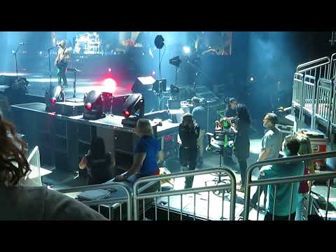 Def Leppard - KFC Yum Center - Louisville,KY - 7/11/18 - Rock of Ages