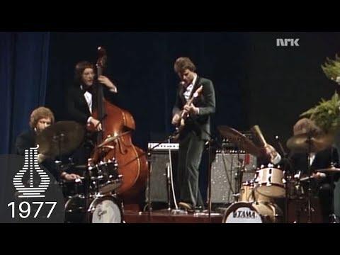 Pål Thowsen og Jon Christensen live under Spellemannprisen 1977