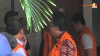 Nadia Mulya Jenguk Ayahanda di Rutan KPK