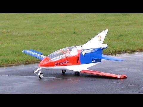 Giant RC Turbine Jet Bede BD-5 J Almost CRASH failed landing 3,46m , JetPower Messe 2014 *HD*
