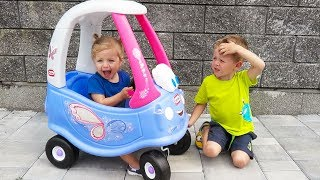 Thomas & Elis Unboxing And Assembling - The Little Tikes Ride On Cozy Coupe Pink Fairy Princess