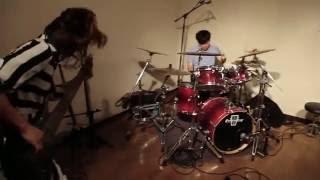 2か月連続スタジオライブ映像公開第2弾! 「冷たい手」を公開! Dir:石...