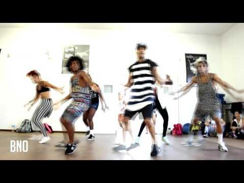 ALISSON JORDAN - Black Eyed Peas - Pump It