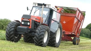 Ursus 1614 Turbo DeLuxe Making Grass Silage w/ Taarup 605 Forage Harvester | Danish Agriculture 2017