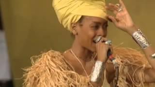 The Roots - You Got Me ft. Erykah Badu (live)