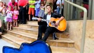 "Justin Bieber singing ""Baby"" at the Avon Theatre June 16th 2012 (HD)"