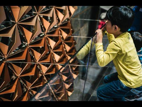 Kinetic Wall at Geneva Motor Show- Interactive Kinetic Installation (Temporary)