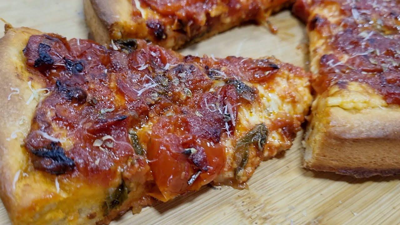 PIZZA ESTILO CHICAGO CON SALSA DE TOMATES HECHA POR MI SILVANA COCINA