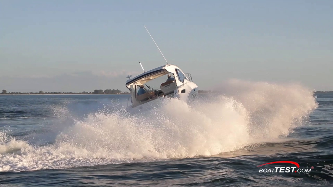 Sea Ray Sundancer 350 Coupe 2017 Test Video By Boattest Com