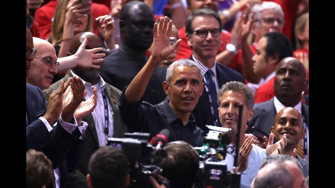 Barack Obama gets 'MVP' chants, standing ovation in Toronto at Game 2 of NBA Finals