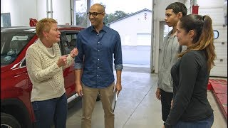 Right Ways To Use Phones In A Car (Teaser) | Consumer Reports