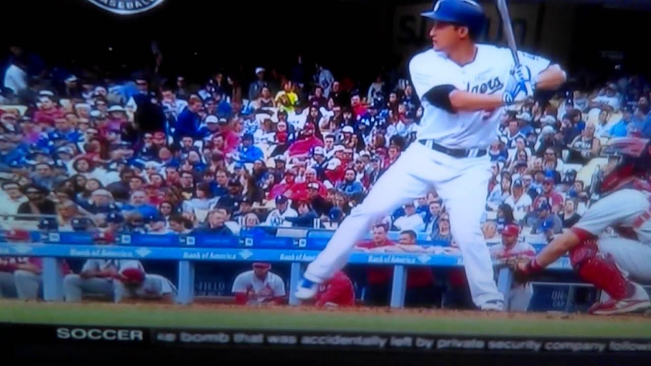 Corey Seager Home Run Swing - YouTube