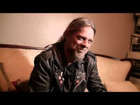 Corrosion Of Conformity Interview on Public Urination & The Kardashians - METAL or NOT? #002