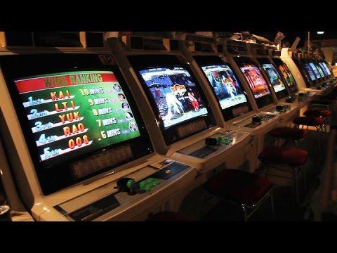 mikado visite d 39 une salle d 39 arcade l gendaire jeux. Black Bedroom Furniture Sets. Home Design Ideas