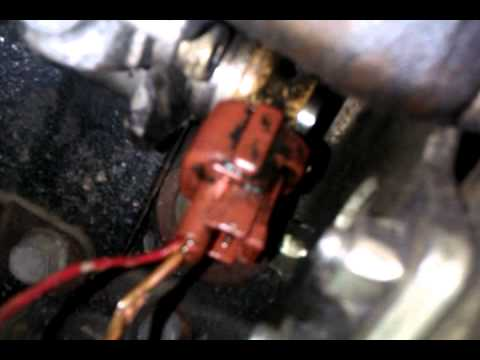 Mazda Premacy DITD Injection Pump leak - YouTube