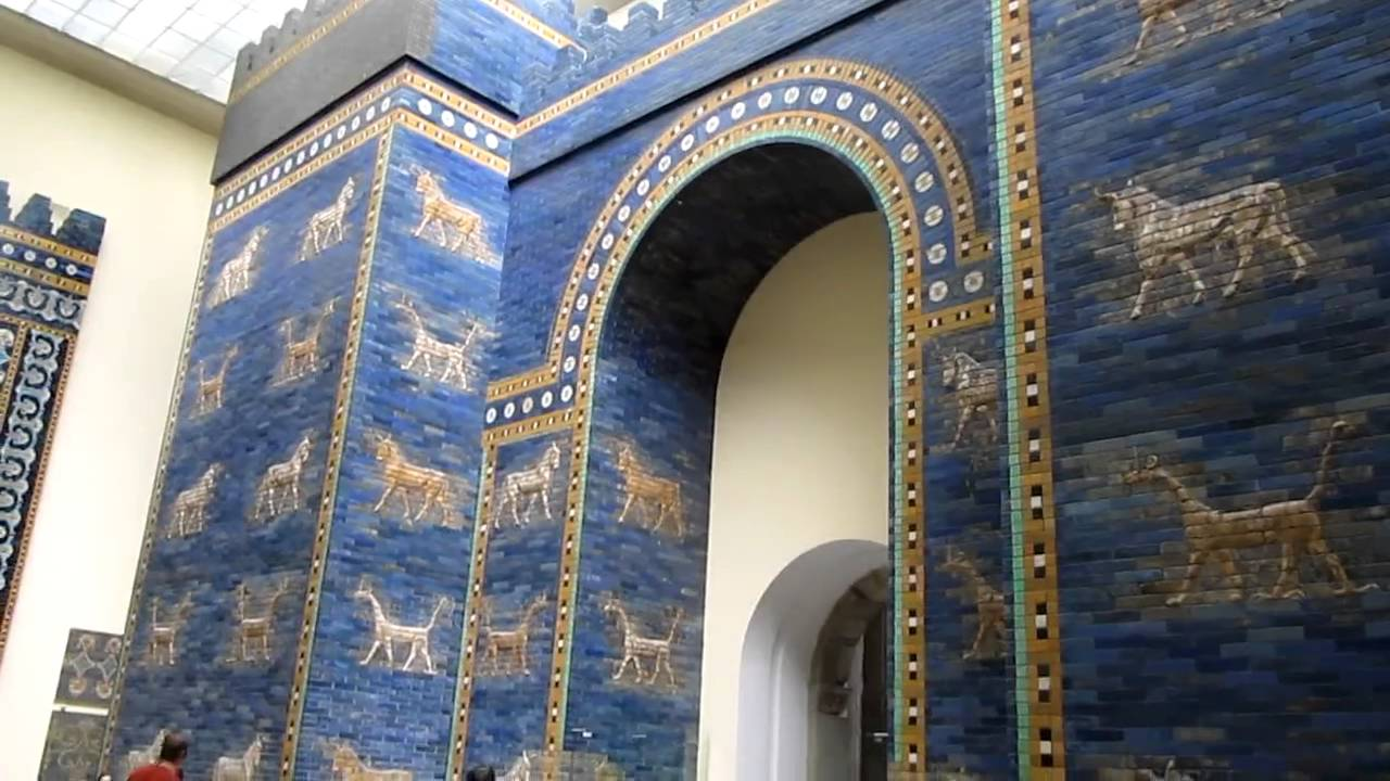 das ischtar-tor im berliner pergamonmuseum