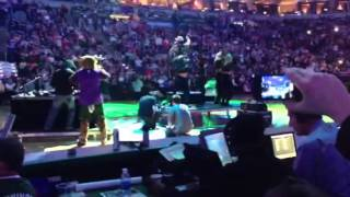 Vanilla Ice Milwaukee bucks halftime show