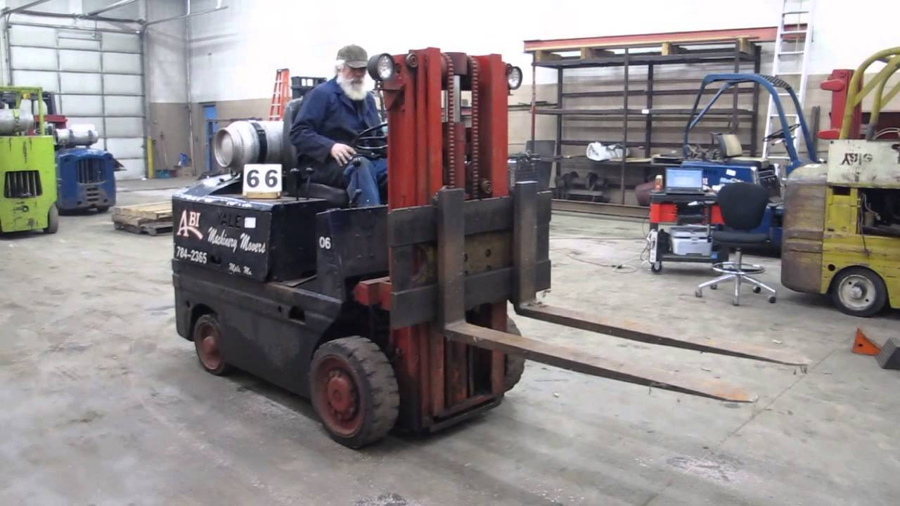 Yale 6000 Pound Triple Mast Forklift