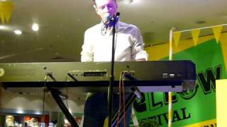 """Such Great Heights"" (Live at Selfridges London) - FRANKMUSIK"