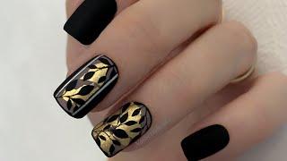 Листья на ногтях Дизайн ногтей листья Поталь на ногтях Маникюр 2021