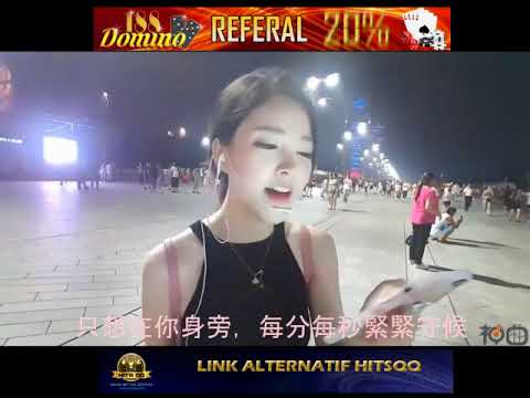 Beautiful Chinese Girl Singing - Despacito