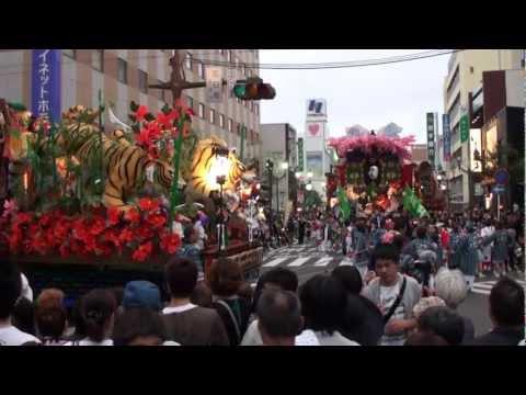 【八戸三社大祭】中日 2011(山車の夜間合同運行)その1