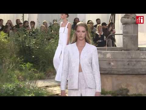 Неделя от-кутюр: дефиле Chanel прошло по-монастырски