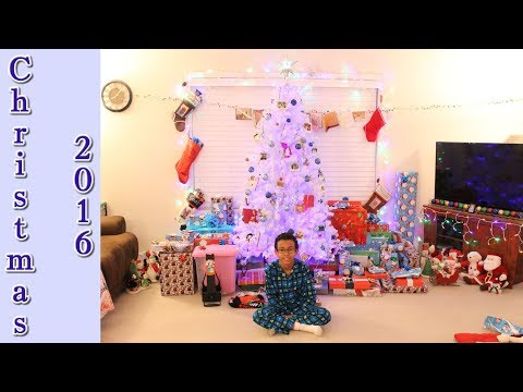 Christmas Morning 2016 - Opening Presents! #SantaProject