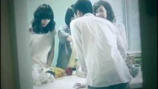Gambar cover YouTube  梁文音    愛,一直存在 哭過就好了 完整版MV
