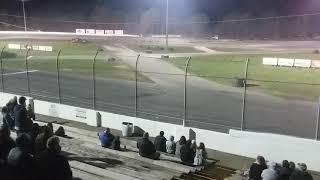 Trailer racing at Auto City Speedway