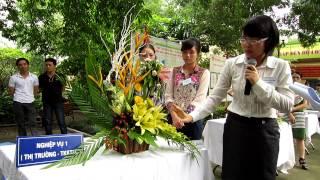Giải nhất hội thi cắm hoa Rạng Đông 2012
