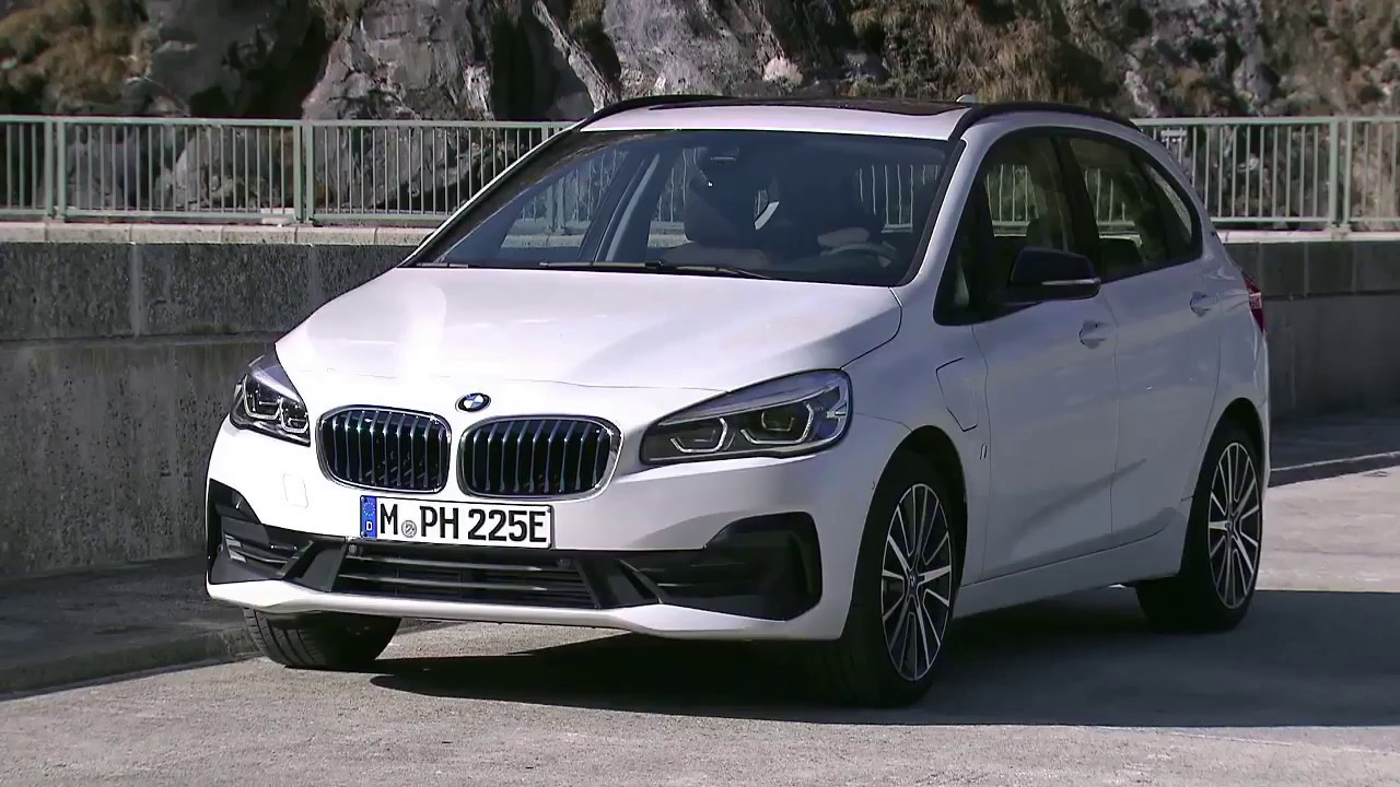 2018 New Bmw 225 Xe Iperformance Active Tourer Facelift First Driving Look